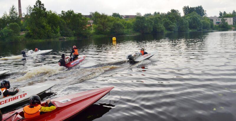 В Тверской области провели чемпионат и первенство по водно-моторному спорту
