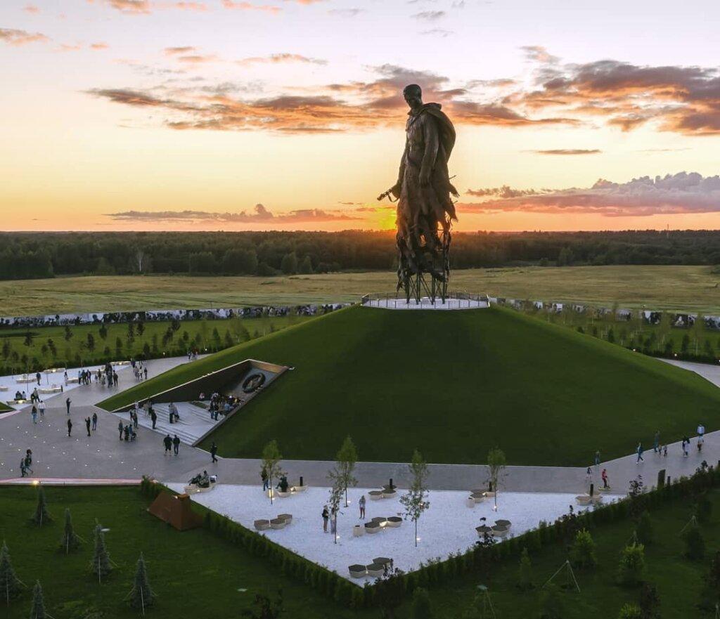 Скульптор Андрей Коробцов пишет рассказ о создании Ржевского мемориала