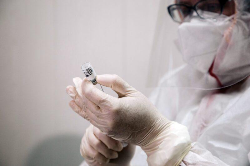 В Тверской области прививку против ковида сделали около 154 тысяч человек