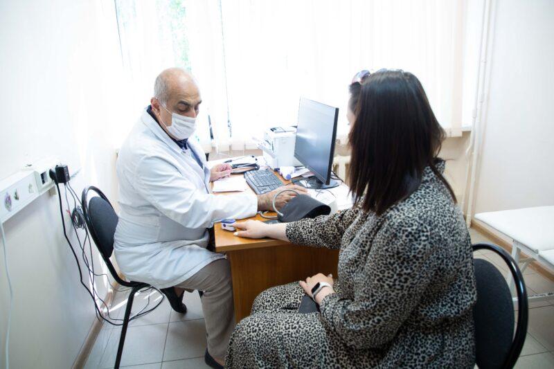 Директор Фонда Твери Юлия Саранова сделала вторую прививку от ковида