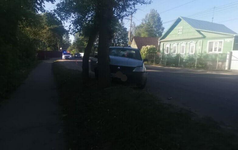 Ранним утром в ДТП в Пролетарском районе Твери пострадали двое