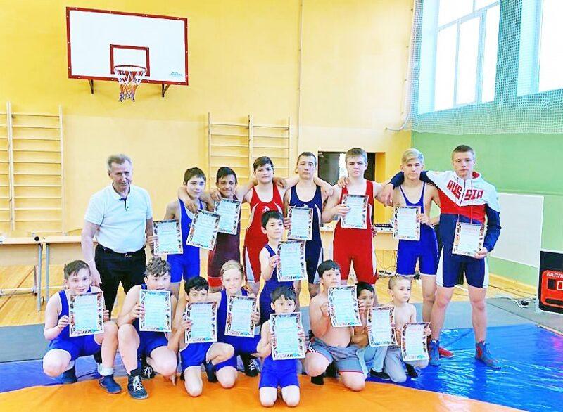 В Конаковском районе прошел юношеский турнир по вольной борьбе