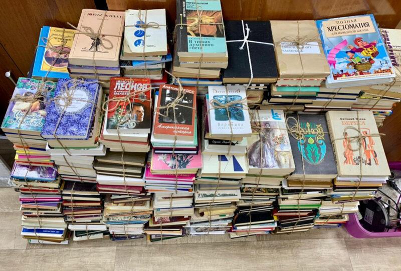 400 книг получили сельские библиотеки Калининского района от жителей Твери