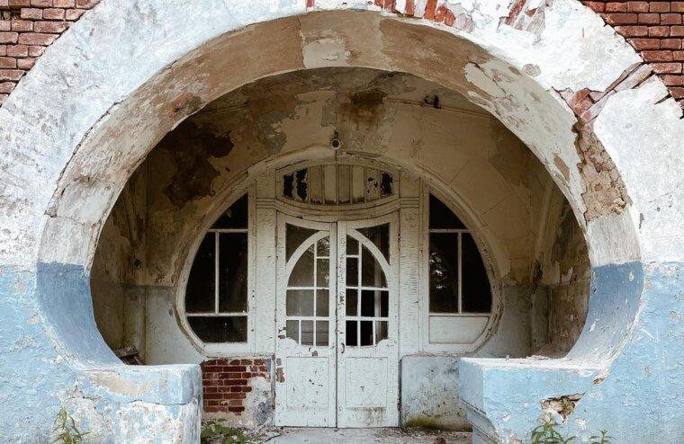Московский блоггер показал прелесть забытого модерна Тверской области