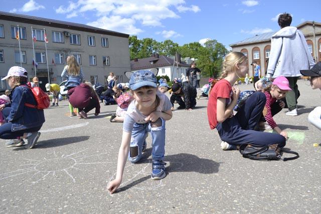 В школах Западной Двины начали работу летние детские лагеря