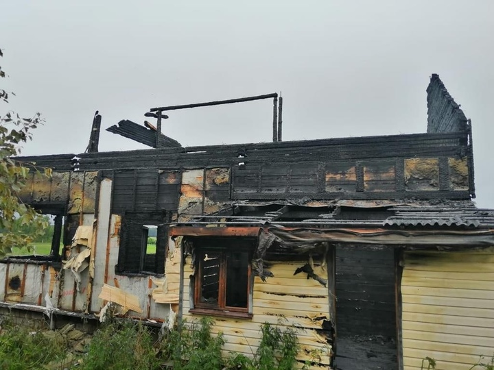 В Зубцовском районе сгорел жилой дом