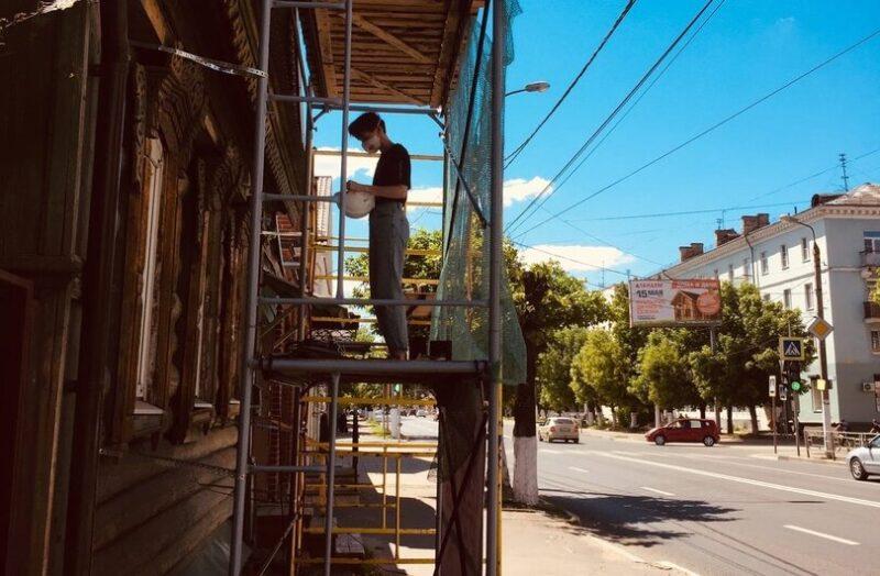 Команда тверского Том Сойер Феста продолжает реставрировать дом в центре города