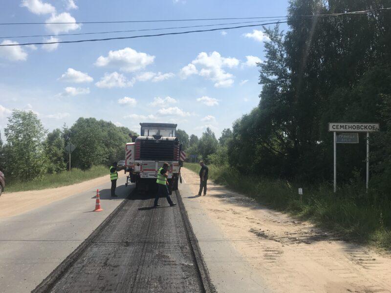 В Тверской области ремонтируют дорогу Торжок – Высокое – Берново – Старица