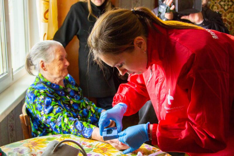 В «Единой России» заявили о создании единого волонтерского штаба для оказания помощи жителям во время третьей волны пандемии