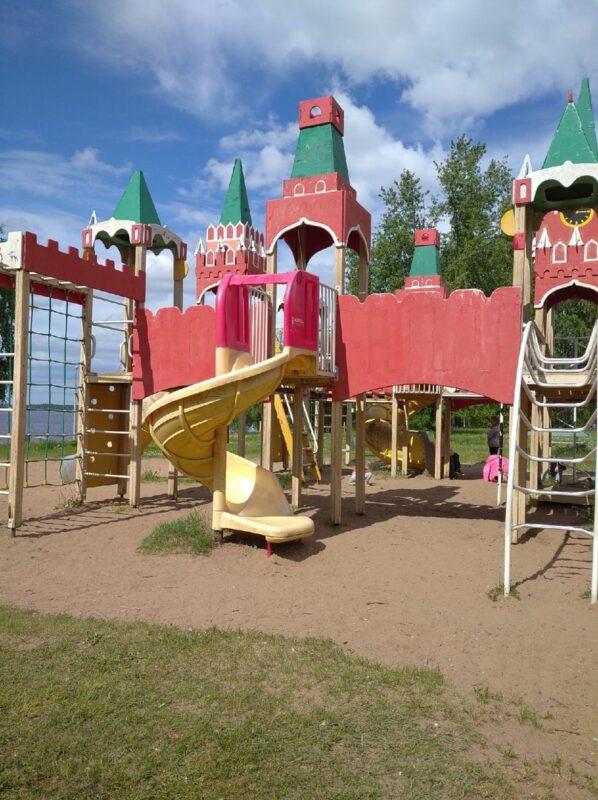 Детская площадка в Конаково отремонтируют