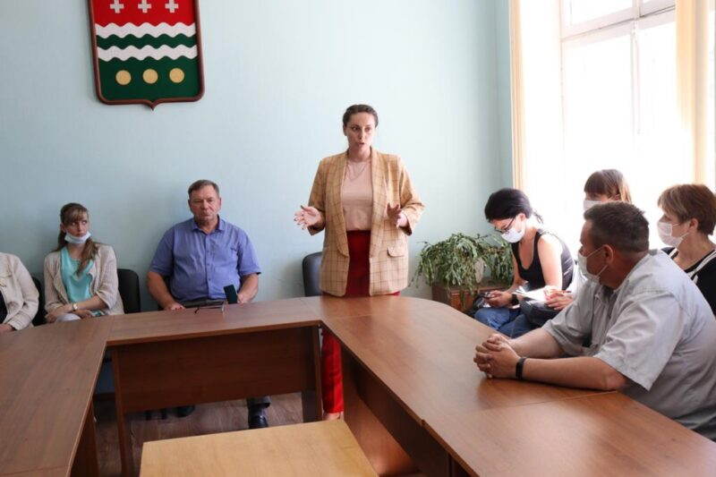 Юлия Саранова посетила Молоковский район