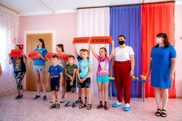 Юлия Саранова посетила социально-реабилитационный центр для несовершеннолетних