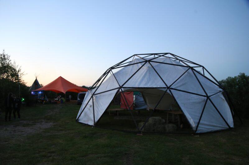 Жители Тверской области могу комфортно отдохнуть в кемпингах и глэмпингах