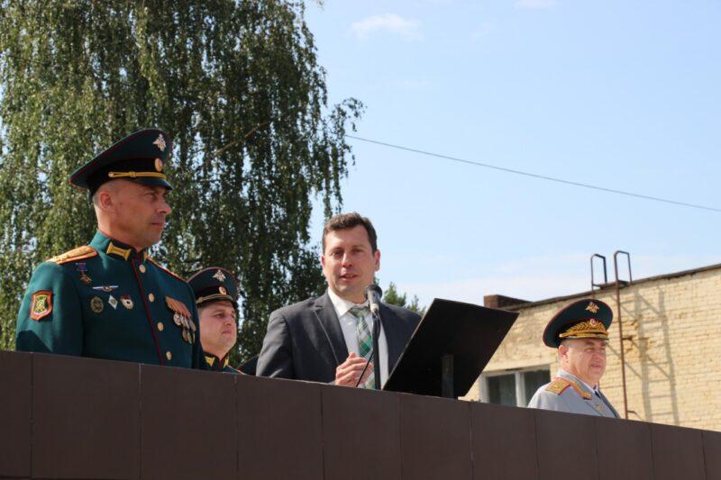 Владимир Мищенко произнёс слова поздравления ЗАТО Озерный