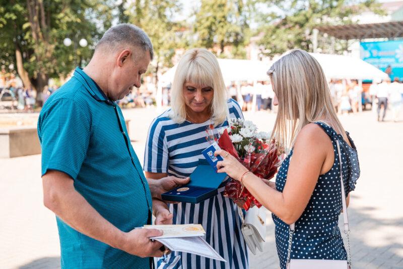 Супружеские пары из Тверской области наградили медалью «За любовь и верность»