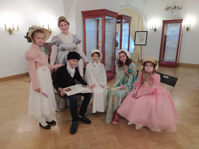 """В Тверском императорском дворце пройдут """"Уроки дворцового этикета"""" для самых маленьких"""