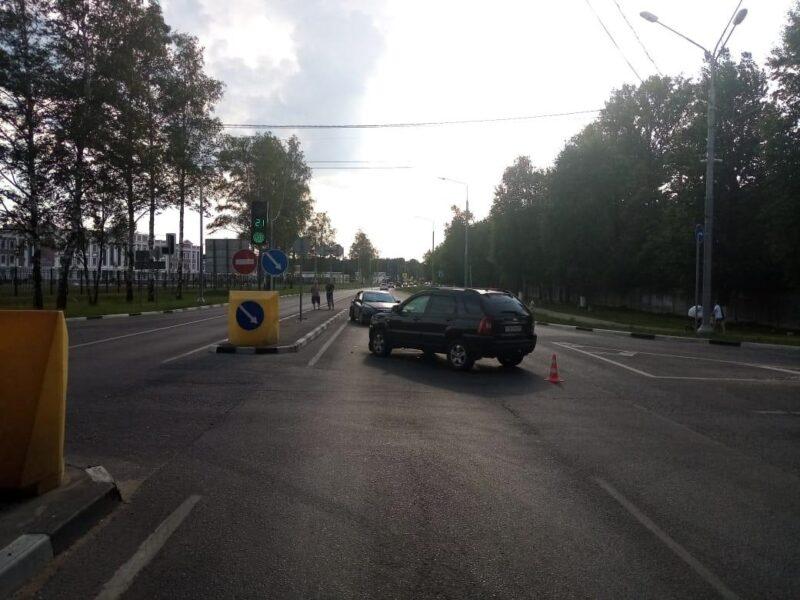 В Твери в ДТП пострадали две девочки
