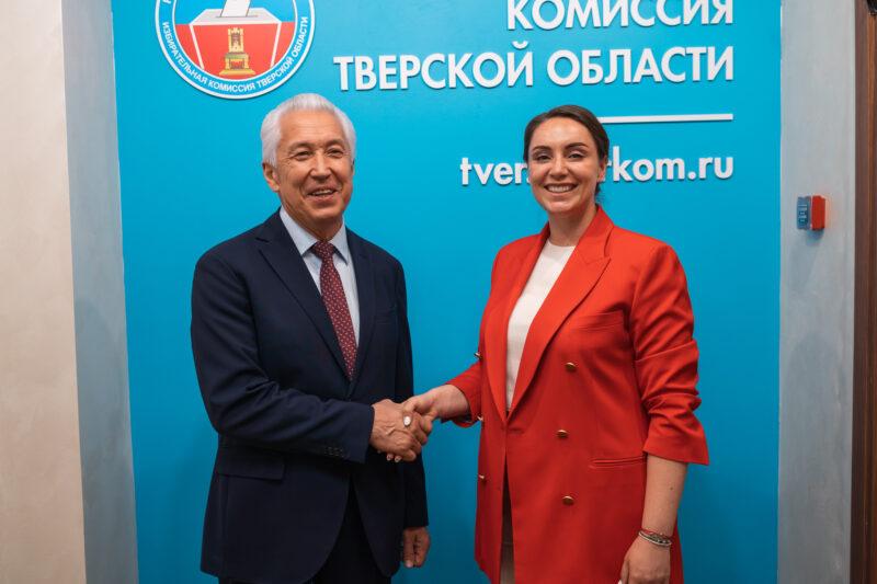 Владимир Суслов позитивно оценил выдвижение Васильева и Сарановой на выборы в Госдуму