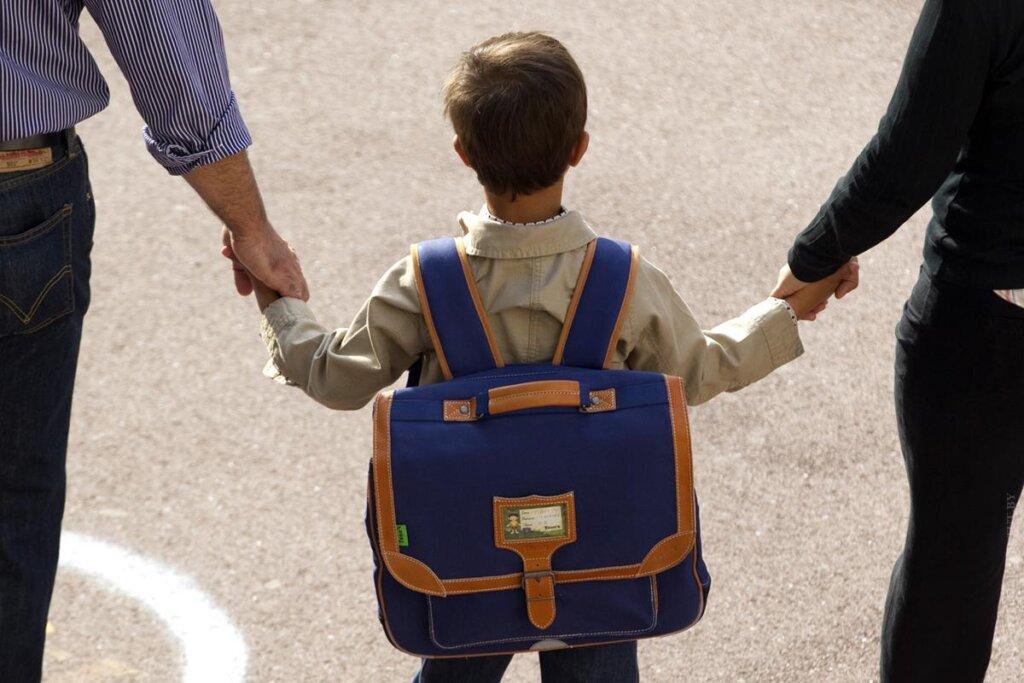 Тверским семьям помогут подготовить детей к школе