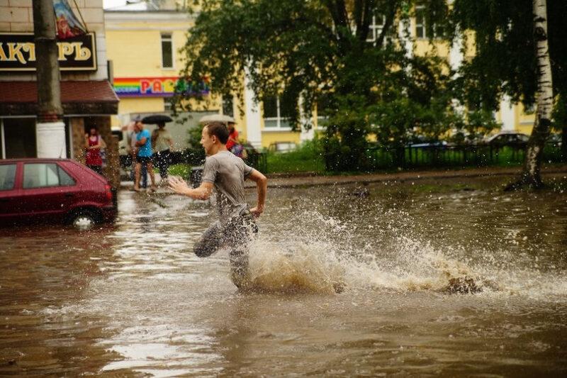 Игорь Руденя обещал лишить Тверь «вечной лужи»