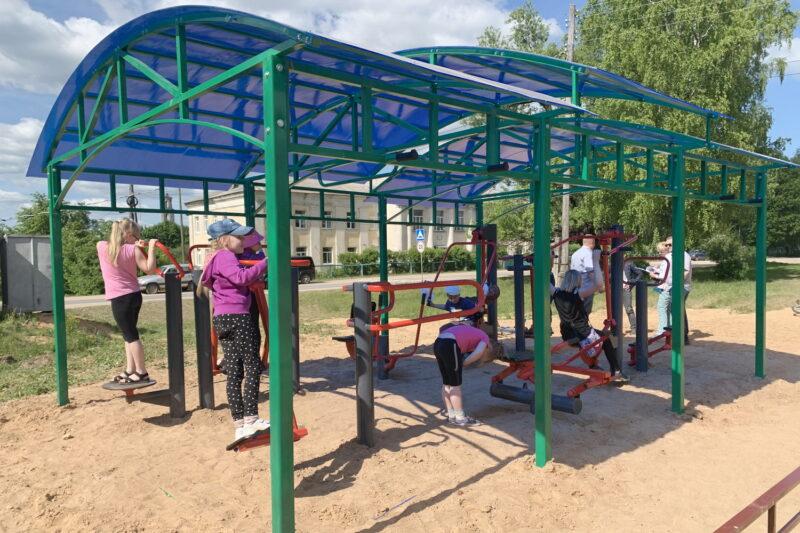 В Тверской области открыли новую детскую спортивную площадку