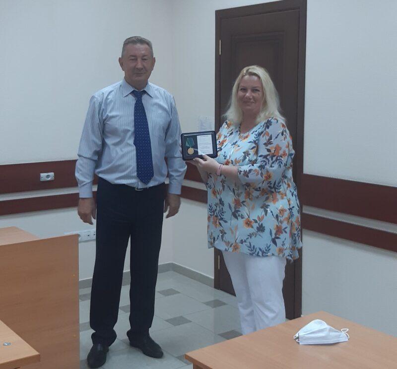 В Конаковском районе мировых судей наградили юбилейными медалями