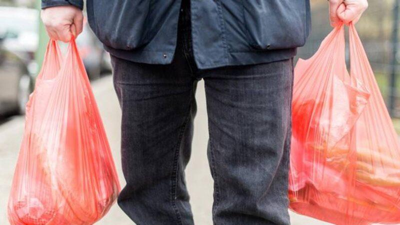 Двое жителей Тверской области осуждены за кражу колбасы и водки