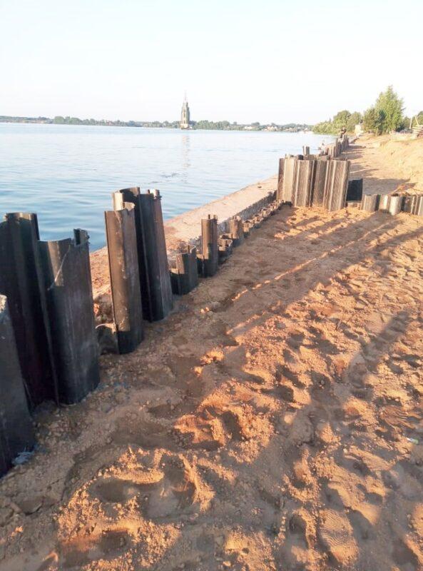 Укрепление набережной и разборка мостовой: в Тверской области наблюдают за Калязинскими проектами