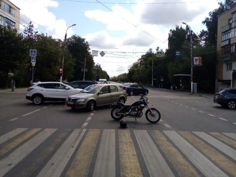 В Тверской области столкнулись мотоцикл и автомобиль