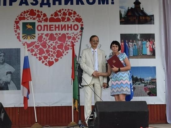 Фельдшер скорой помощи из Тверской области получил знак «За заслуги перед Оленинским округом»