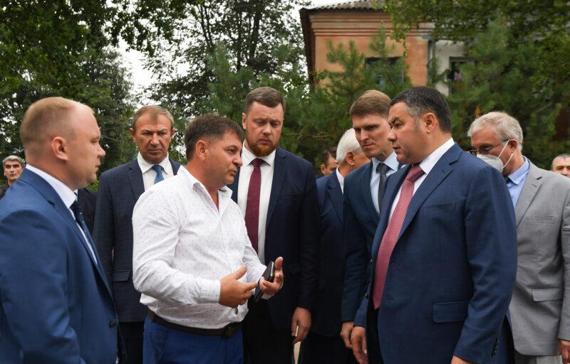 Игорь Руденя поручил ускорить ремонт Ржевской станции скорой помощи