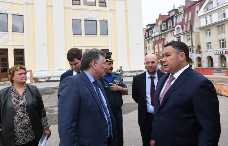 Губернатор Игорь Руденя проинспектировал ремонт дорог в Твери