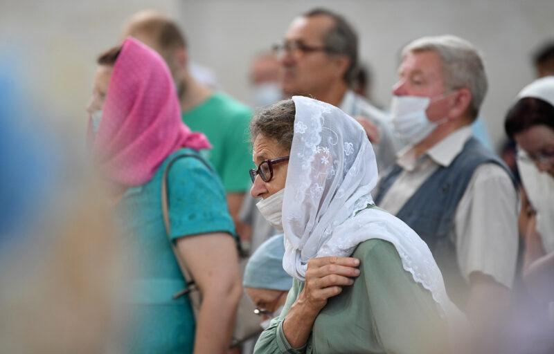 Игорь Руденя в День Собора Тверских святых вместе с жителями Твери присутствовал на богослужении в Спасо-Преображенском соборе