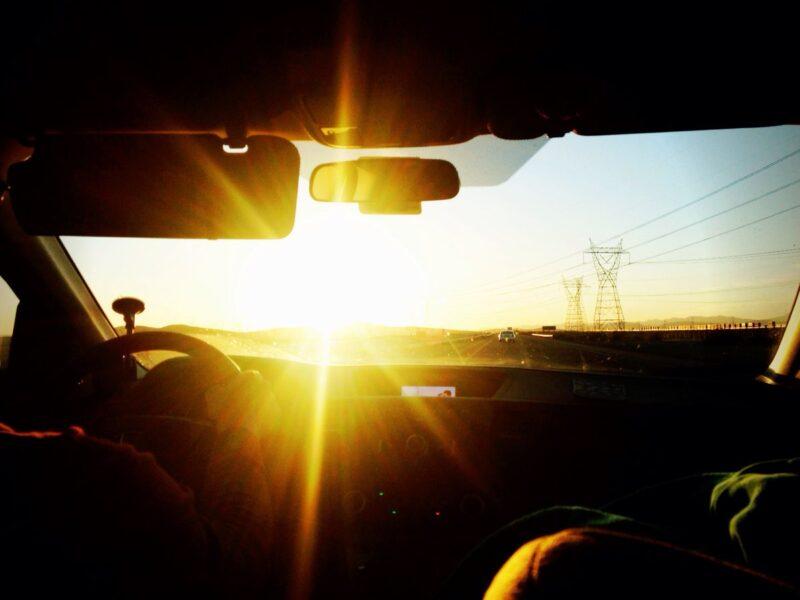 В Тверской области из-за яркого солнца произошла авария