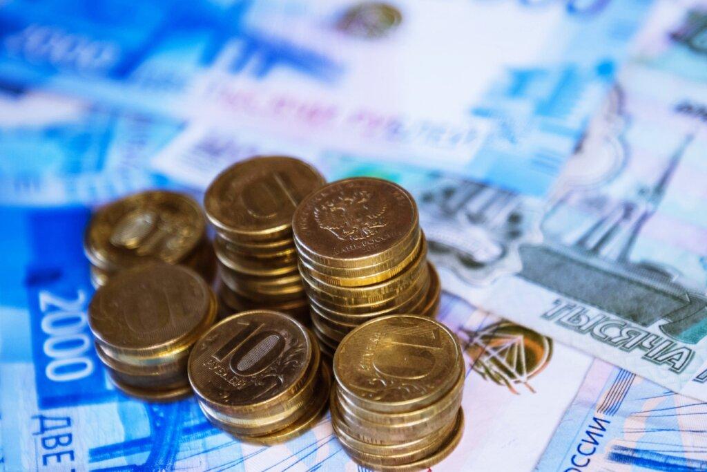 В Твери 36 работников не получили больше 700 тысяч рублей