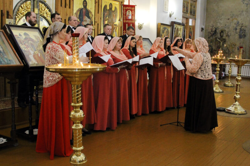ДК «Пролетарка» отмечает 35 лет трудовой деятельности своего хормейстера Марины Кирпу