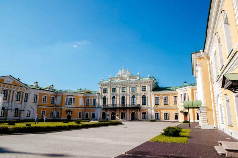 В Тверской картинной галерее проходит акция «Лето во дворце»