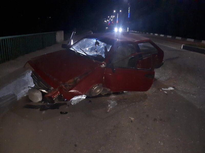 В Тверской области виновник ДТП оставил раненую пассажирку и исчез