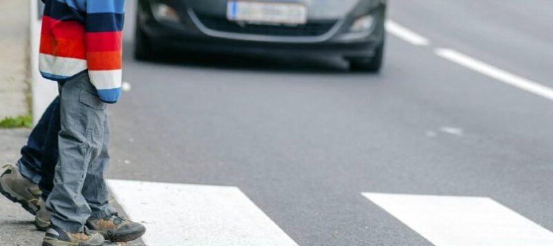 В Тверской области 6-летний ребенок попал под колеса автомобиля