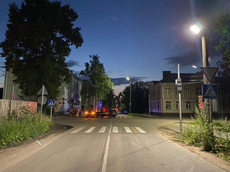 В Тверской области в ДТП пострадали две пассажирки