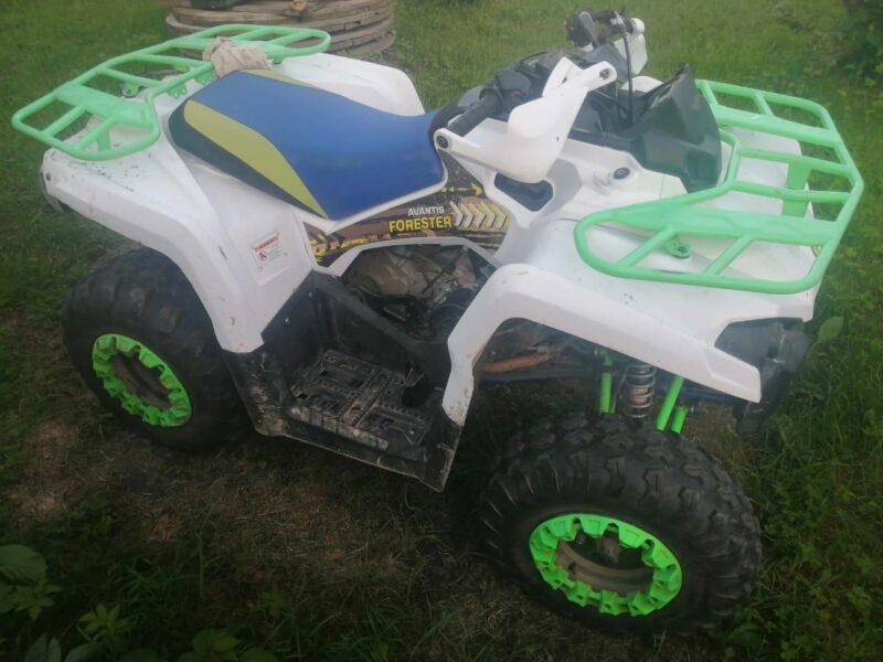 В Тверской области 10-летний мальчик управлял квадроциклом и попал в аварию