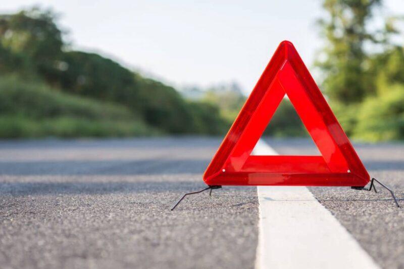В Тверской области столкнулись иномарка и мотоцикл