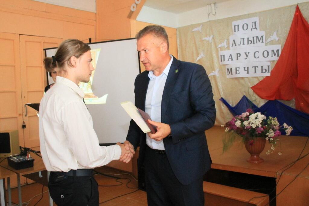 В Тверской области чествовали выпускников Торопецкого колледжа