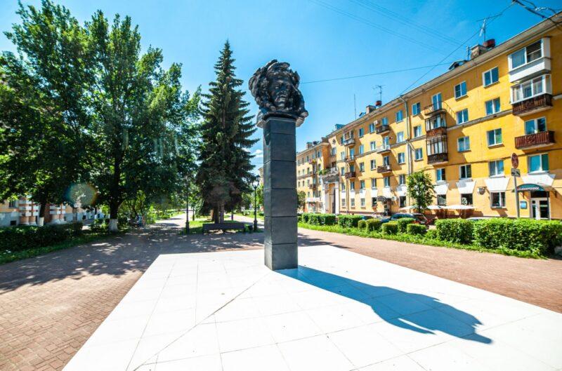 Тверской фотограф рассказал историю бюста Александра Сергеевича Пушкина