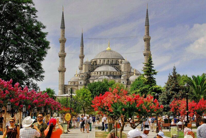 Выбираем оператора для отдыха в Турции