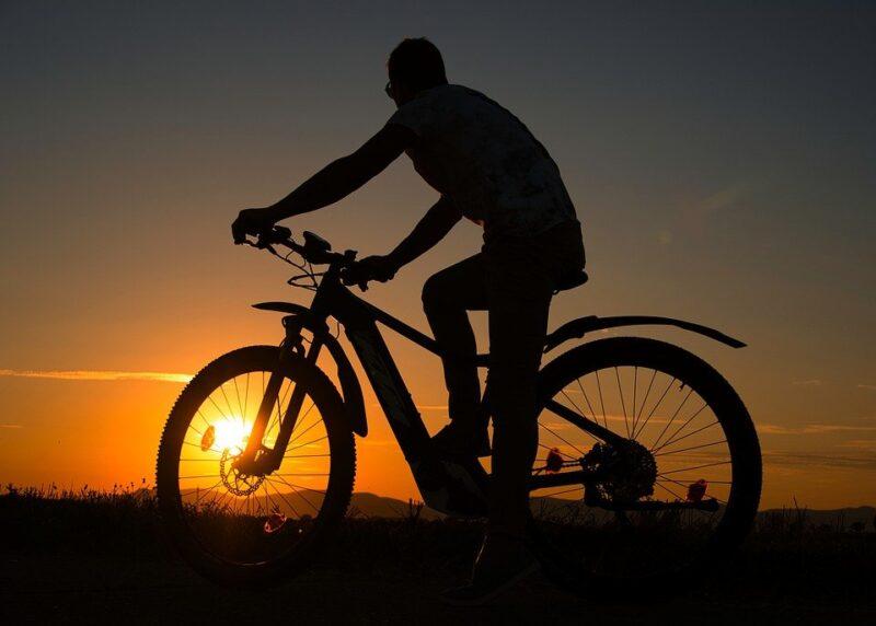 В Тверской области мужчина для передвижения решил пользоваться чужим велосипедом
