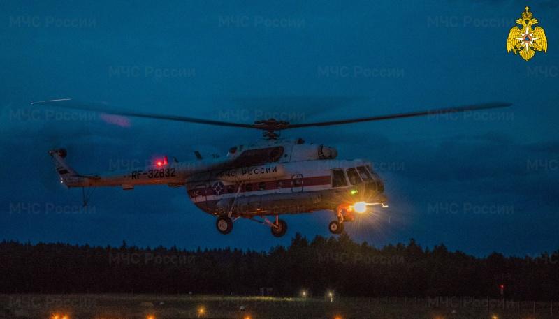 Вертолет МЧС совершил санитарный вылет в Андреапольский муниципальный округ