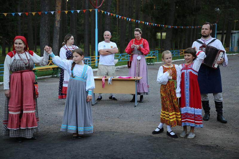 Фольклорная смена «Храни традиции» откроется 9 августа в Тверской области