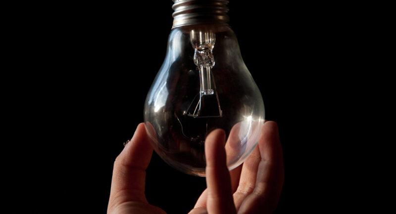 В Бологое три дня подряд у жителей будут отключать свет