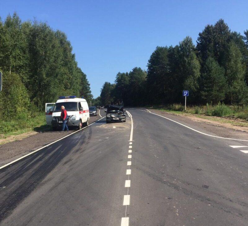 На автодороге Дубна — Кимры- Горицы одна иномарка «впечаталась» в другую